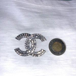 Chanel brooch New